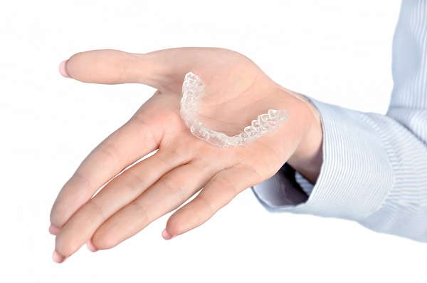 Is Teeth Straightening  With Clear Aligners Effective?