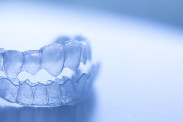 Food And Beverage Restrictions When Wearing Invisalign Aligners